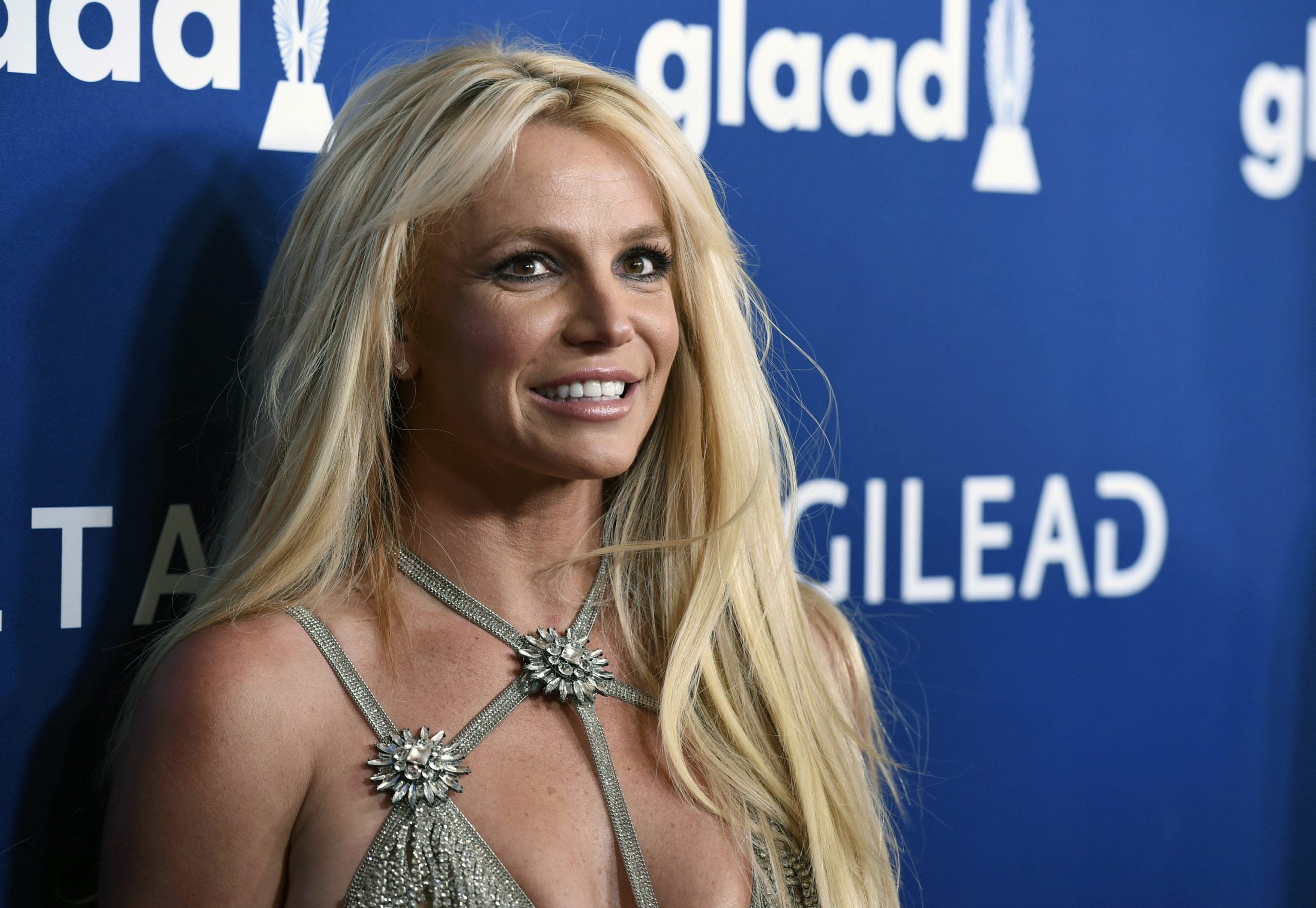 Frame a Britney Spears documentary on air conservation